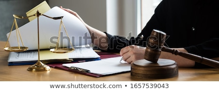 giuridica · azione · rosso · bianco · criminalità - foto d'archivio © freedomz