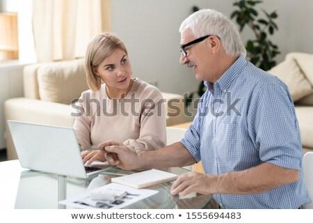 młodych · biznesmen · patrząc · Widok · laptop · kolega - zdjęcia stock © pressmaster