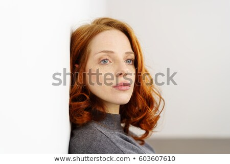 不幸 · 赤毛 · 女性 · 画像 · 白 · 悲しい - ストックフォト © dolgachov