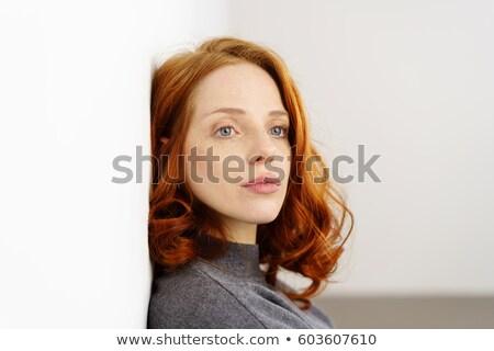 mujer · foto · blanco · nina · manos · cara - foto stock © dolgachov