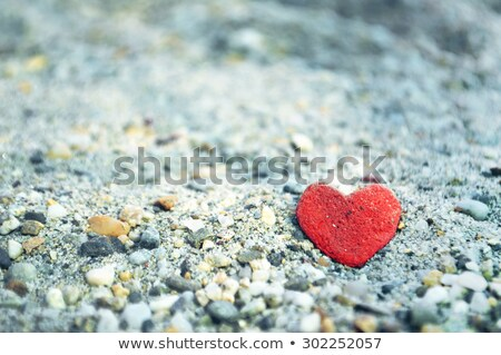 Naturalmente coração pedra areia mar Foto stock © Kuzeytac