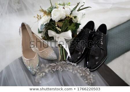 menyasszonyok · tiara · közelkép · pihen · cipők - stock fotó © kmwphotography