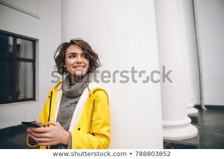 belo · mulher · jovem · outono · casaco · seis · caminhada - foto stock © deandrobot