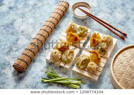 Finom vegyes kínai felszolgált fából készült evőpálcika Stock fotó © dash