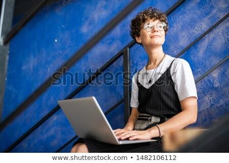 üzletasszony · laptopot · használ · kint · üzletasszony · számítógép · copy · space - stock fotó © pressmaster