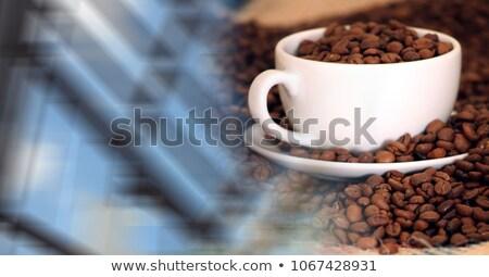 白 コーヒーカップ フル 豆 ウィンドウ ストックフォト © wavebreak_media