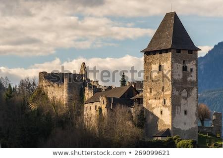 Castelo Áustria ruínas acima cidade edifício Foto stock © borisb17
