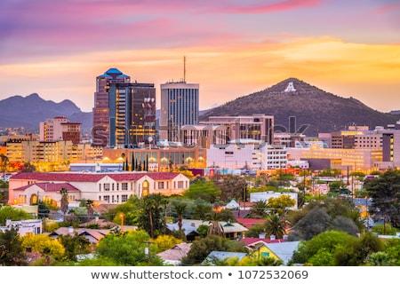 Arizona brumoso día ciudad montana amanecer Foto stock © diomedes66