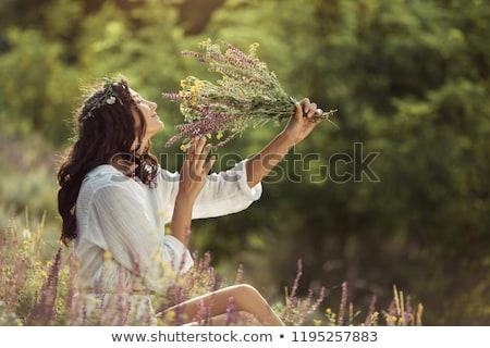 romantica · signora · fiori · bella · donna · posa - foto d'archivio © konradbak