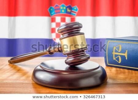 Marteau droit livre Croatie pavillon justice Photo stock © Zerbor