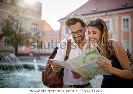 Turista párok városnézés nő jókedv vakáció Stock fotó © IS2