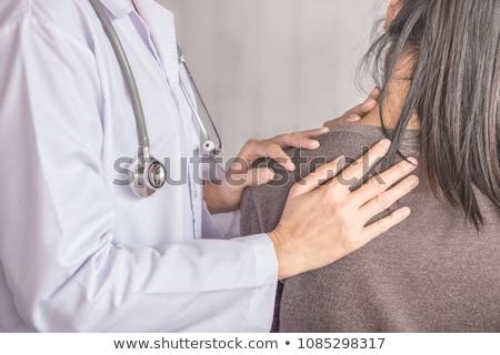 Medico paziente collo clinica uomo Foto d'archivio © wavebreak_media