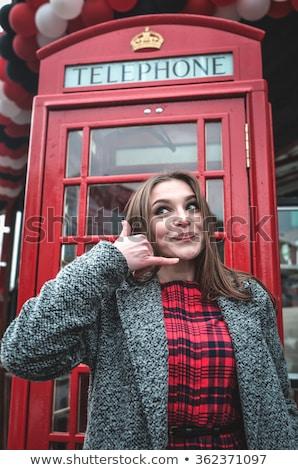 Nina Inglés teléfono cabina hermosa joven Foto stock © sharpner