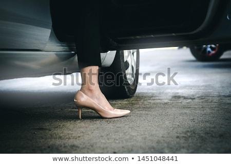 vrouw · auto · mooie · jonge · vrouw - stockfoto © kyolshin