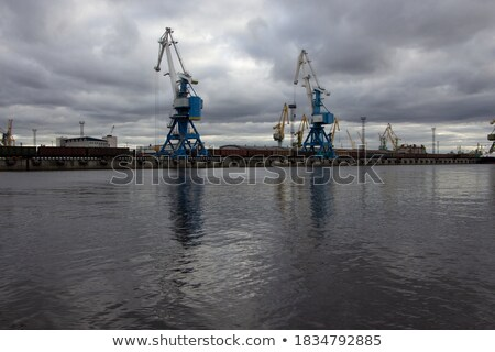 mer · port · bleu · nuageux · ciel · eau - photo stock © perszing1982