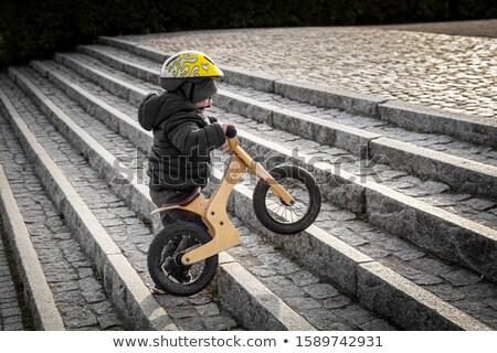 Bicicleta escada bicicleta criança assento Foto stock © smuki
