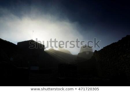 Pormenor castelo Hungria montanha azul lago Foto stock © digoarpi