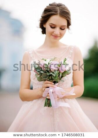 Tendre jeunes mariée posant blanche luxe Photo stock © acidgrey