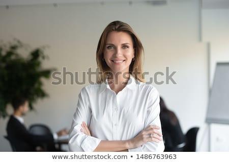 肖像 満足した 小さな ビジネス女性 携帯電話 ストックフォト © deandrobot