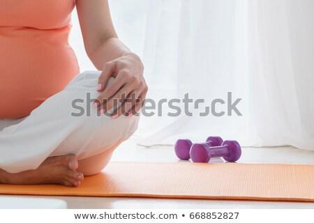 妊婦 瞑想 ヨガ ベッド 午前 ストックフォト © boggy