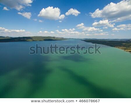 göl · gökyüzü · su · doku · çim - stok fotoğraf © xbrchx