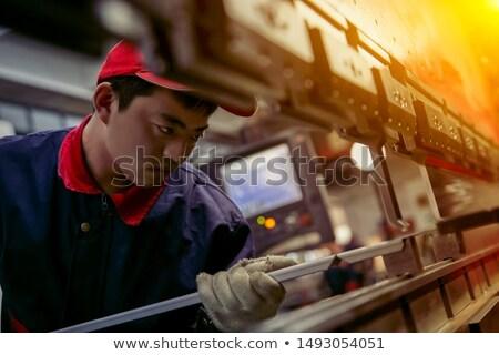 engenheiro · fabrico · linha · eletrônica · fábrica · computador - foto stock © kzenon