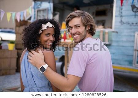 портрет счастливым пару сидят продовольствие грузовика Сток-фото © wavebreak_media