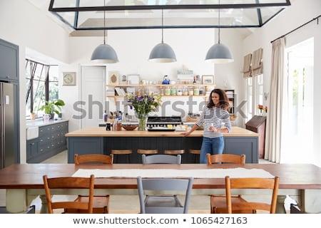 Genç kadın ayakta lokanta güzel genç sarışın Stok fotoğraf © boggy
