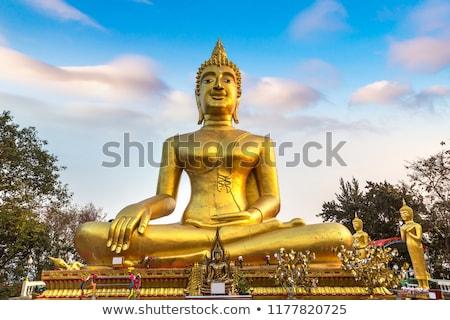 Dorado grande Buda famoso mojón Foto stock © sippakorn