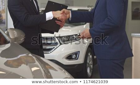 Közelkép vásárló mutat új kulcs új autó Stock fotó © wavebreak_media