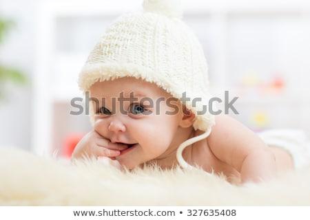 Weinig cute bed meisje baby Stockfoto © Lopolo