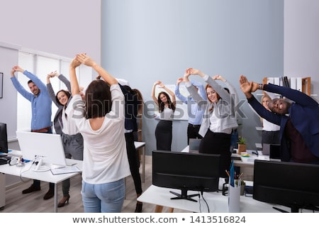 gens · d'affaires · exercice · travail · groupe · heureux - photo stock © AndreyPopov