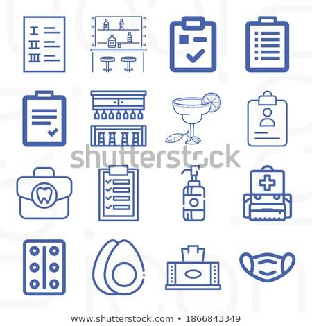 biznesmen · danych · miasta · komórkowych · urządzenie · sprawdzić - zdjęcia stock © stockyimages