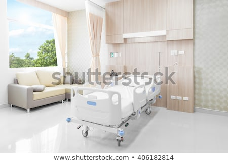 Patiënt genezing kamer moderne ziekenhuis verpleegkundige Stockfoto © Kzenon