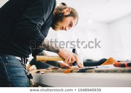 Férfi kalapács arc kék fehér szerelő Stock fotó © photography33