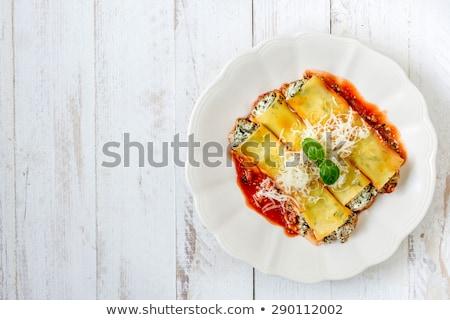 pasta · queso · relleno · carne · rojo · enfoque - foto stock © badmanproduction