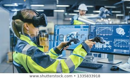 Técnico virtual realidade fone servidor quarto Foto stock © wavebreak_media