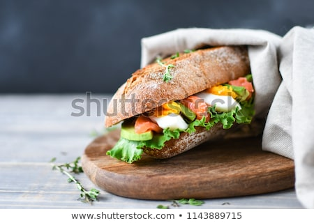 finom · lazac · szendvicsek · füstölz · lazac · hozzávalók · francia · kenyér - stock fotó © zoryanchik