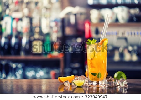 Orange cocktail fruits glace alcool isolé Photo stock © ConceptCafe