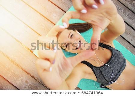 Gelukkig vrouw sport kleding fitness Stockfoto © dolgachov
