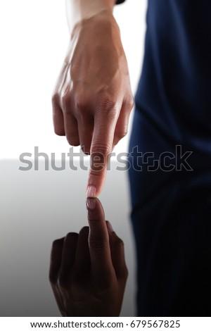 üzletasszony megérint láthatatlan képernyő üveg asztal Stock fotó © wavebreak_media