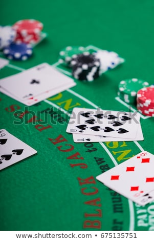 Casino blackjack table ace coeurs vert Photo stock © morrbyte