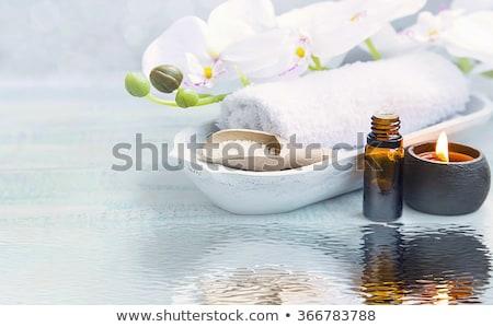 Aromaterapia pedras Óleo relaxante estância termal terapia Foto stock © lunamarina