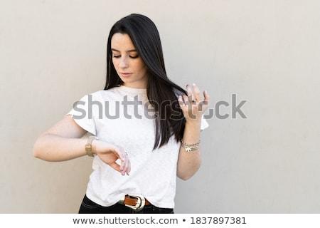 gelukkig · mooie · brunette · vrouw · aanraken · haren - stockfoto © wavebreak_media