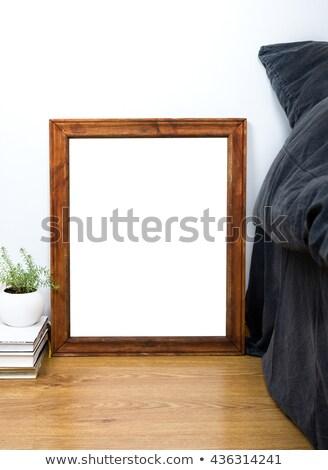 vacío · vintage · marco · de · madera · piso · casa · dormitorio - foto stock © manera