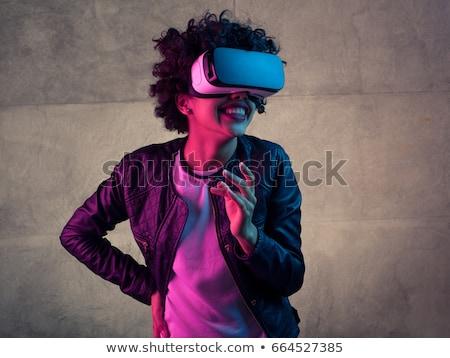 Gioioso indossare virtuale realtà Foto d'archivio © deandrobot