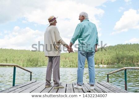 Boldog szerelmi idős néz egy másik Stock fotó © pressmaster