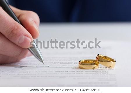Rozwód małżeństwa ręce słowo rodziny Zdjęcia stock © kbuntu