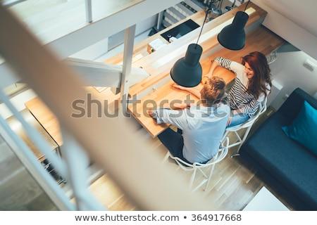 portre · çift · dizüstü · bilgisayar · kullanıyorsanız · oturma · odası · bilgisayar · sevmek - stok fotoğraf © photography33