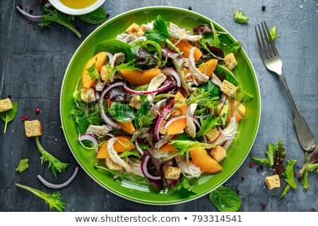Saláta zsemlekocka hús friss zöldség étel hal Stock fotó © taden